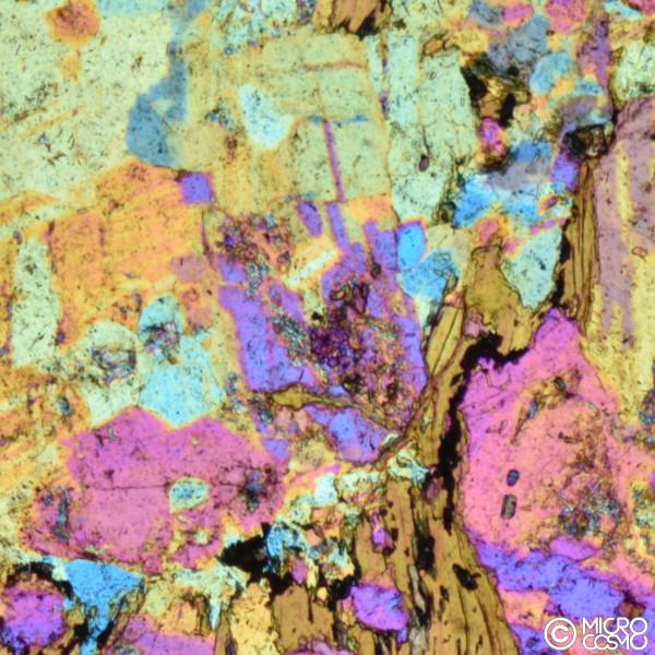 ciottoli del Garda al microscopio